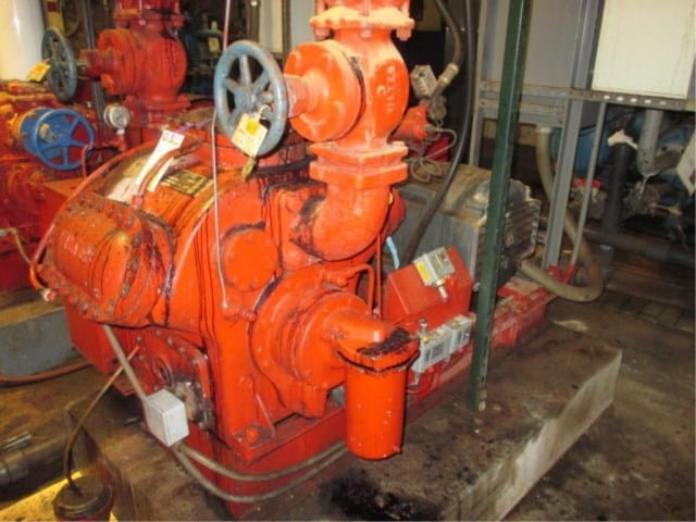 Vilter A446 100-hp 6-Cylinder Ammonia Compressor. s/n-16708 AH R, includes control panel, Model: A446, Serial Number: 16708 AH R