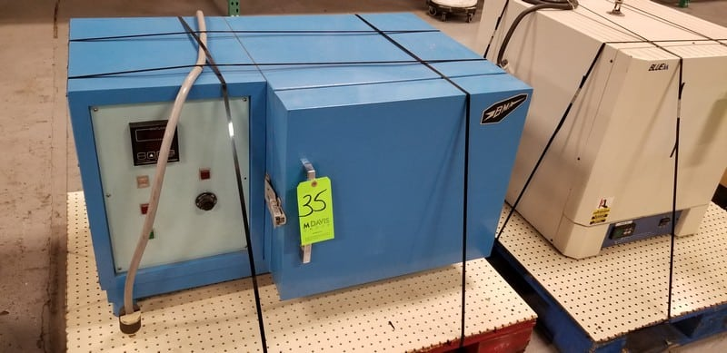 BMA Laboratory Oven, Model TM-1S, S/N 1823, Refrigeration F-502