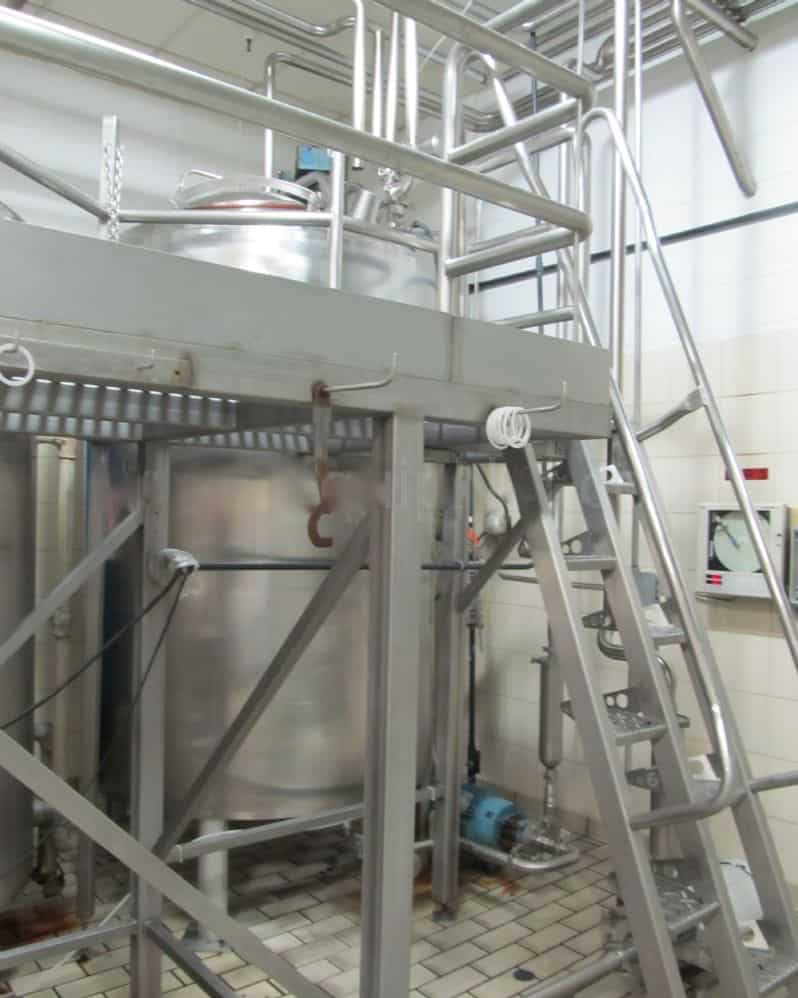 Mueller 800 Gallon Stainless Steel Jacketed Processing Tank S/N: F39026-2, Jacketed Processor, last used in food production plant, Dish Head, Dish Bottom, 90 PSI, 250 Deg F, Vertical Agitator, 55in Diameter x 127in Height, CIP Spray ball(Located in North Carolina) ***FBEV***