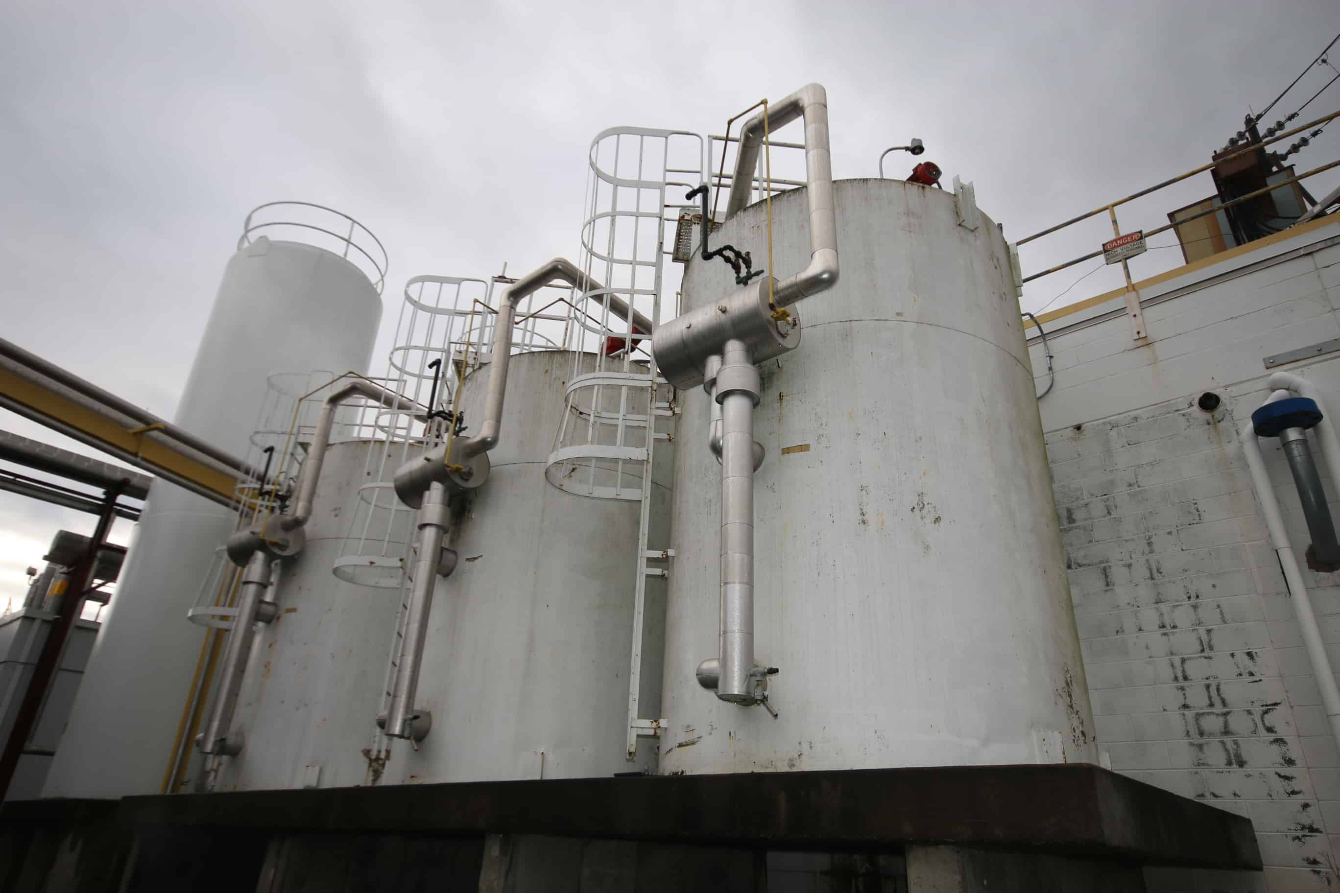(3) Cherry Burrell 6,000 Gal. NH3 Refrigerated S/S Silos, SN E-065-91, E-340-88 & E-339-88, with Alcoves, Vertical Agitators with Dual 4 Prop Blades, Sprayballs, T/C Air Valves, Level Sensors & Anderson Chart Recorder, Exterior 10 Ft Diam, (Silo #2 & 3)