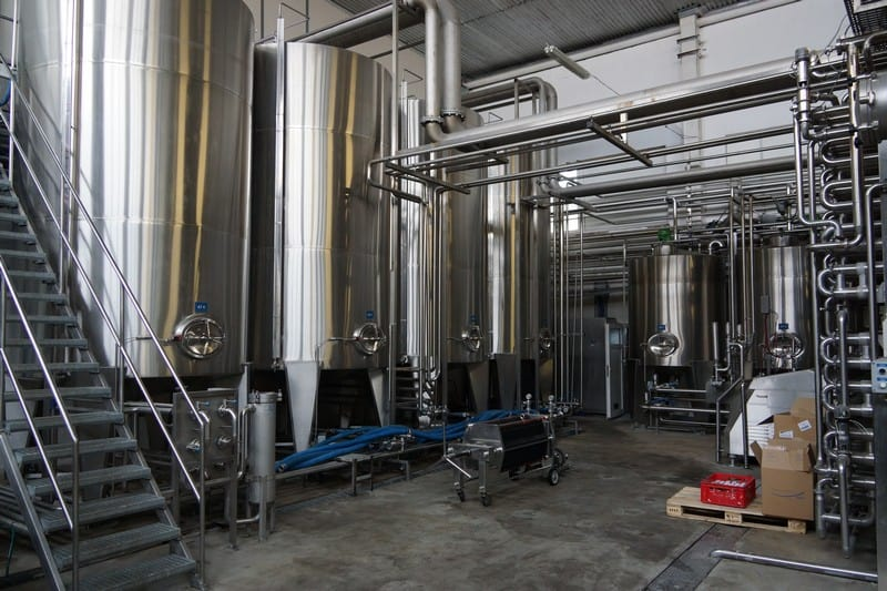 Liquid mixing tanks 15T with CIP,Y.O.M 1994,GERMANY