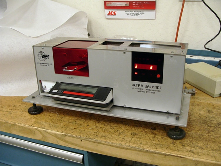 Automatic Checkweigher Ultra Balance UCW4 (LOCATED IN ARIZONA) ***CPPS***
