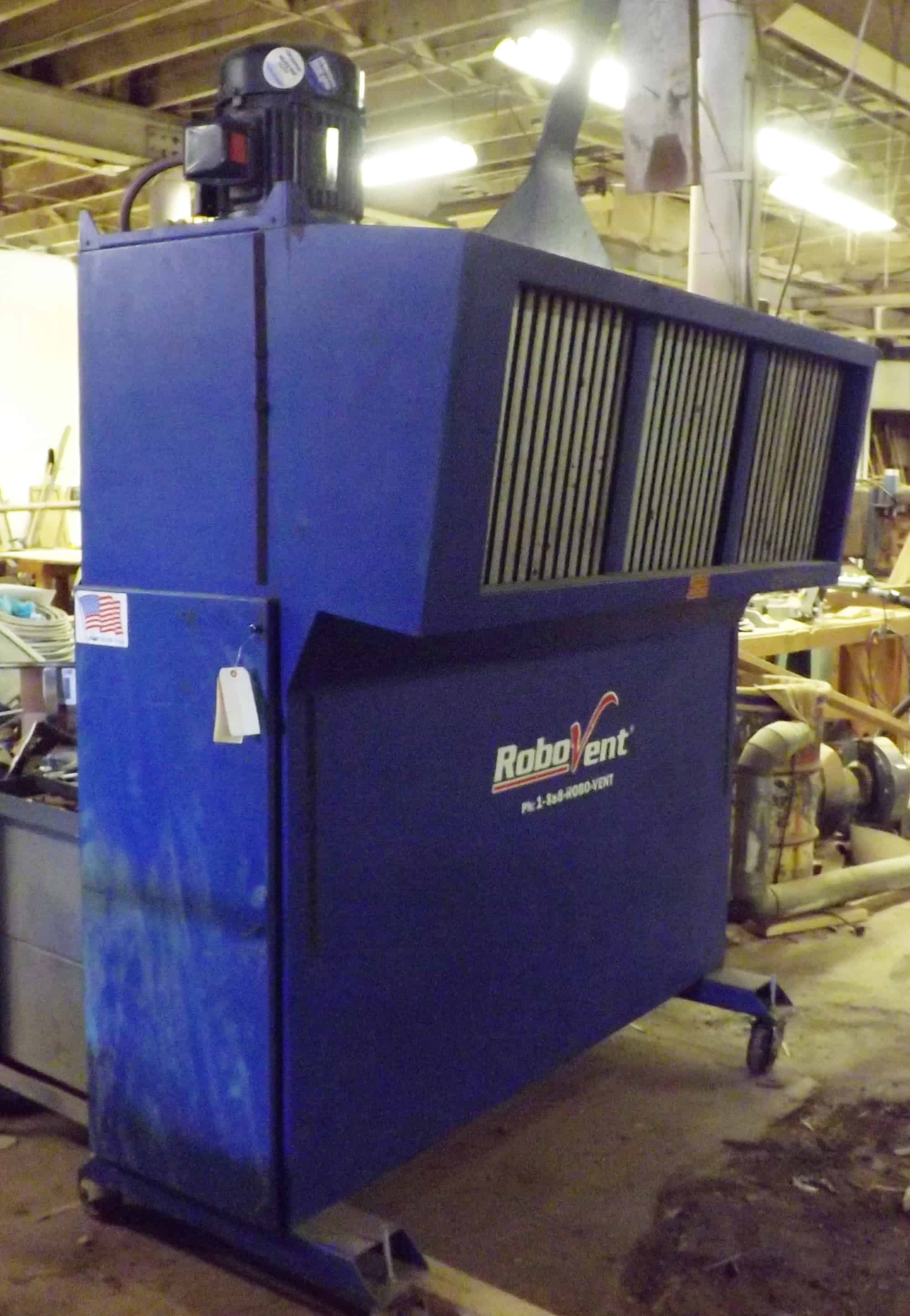 RoboVent Air Filter / Dust Collector, Model DWS-4000-4, S/N 20622, 7-1/2 HP, 3 Phase 460 Volt (Located in Pittsbugh, PA)***JPI****