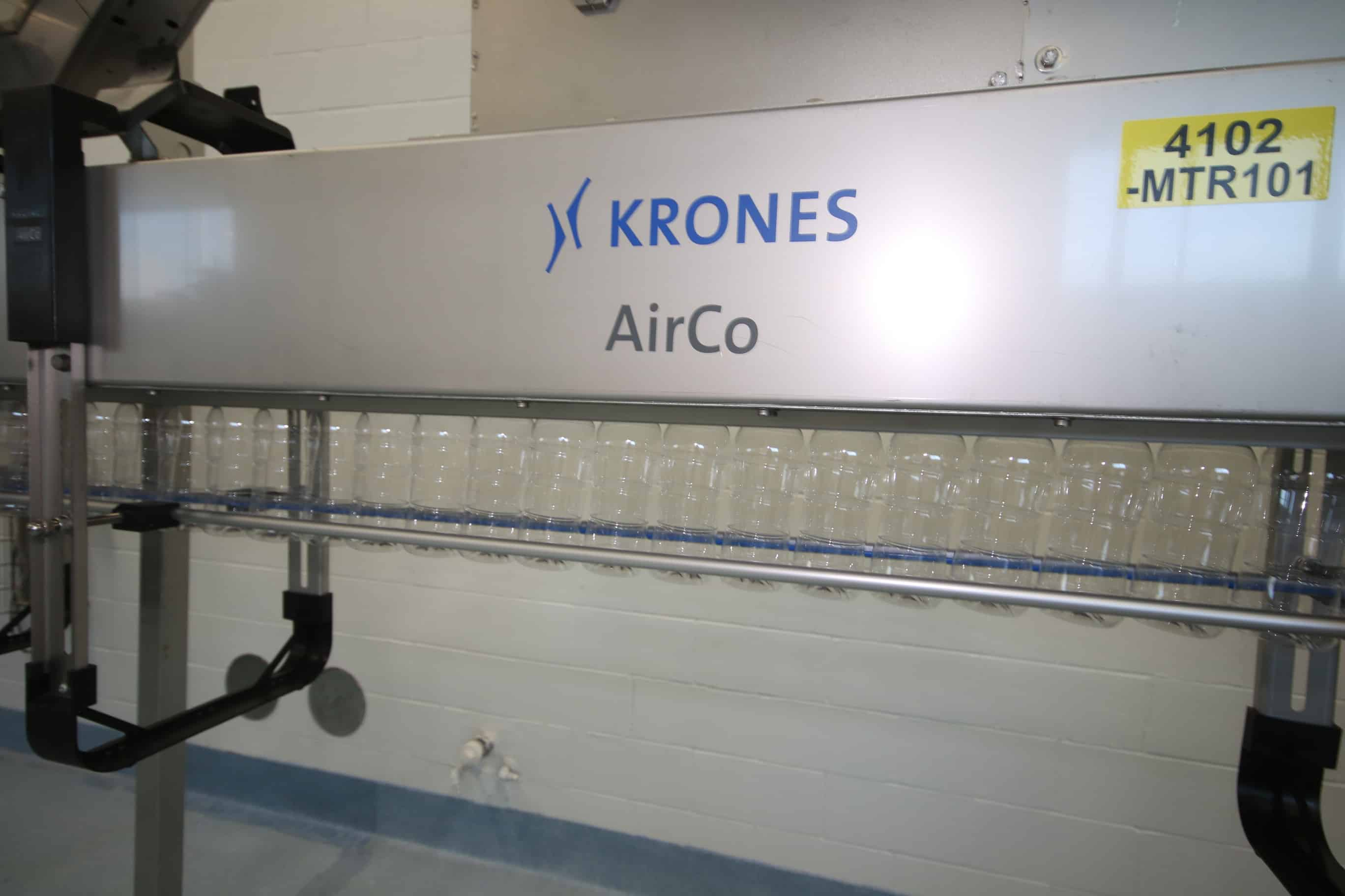 Krones AirCo Air Conveyor System, Type:  AIRCO S, S/N K970-B83, with (4) Krones Blowers, Aprox. 84' Long with S/S Legs