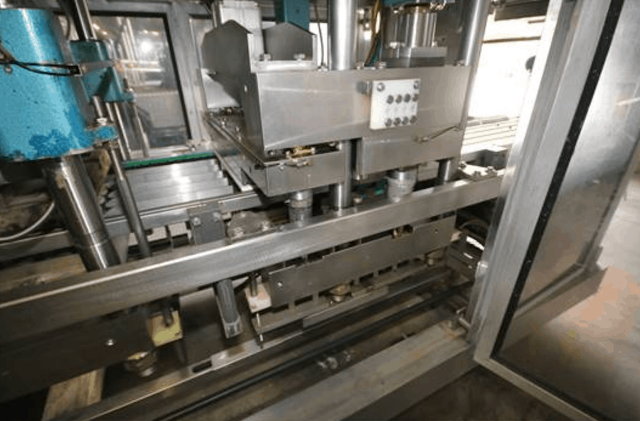 ARCIL HORIZONTAL THERMO FORM, FILL & SEAL MACHINE