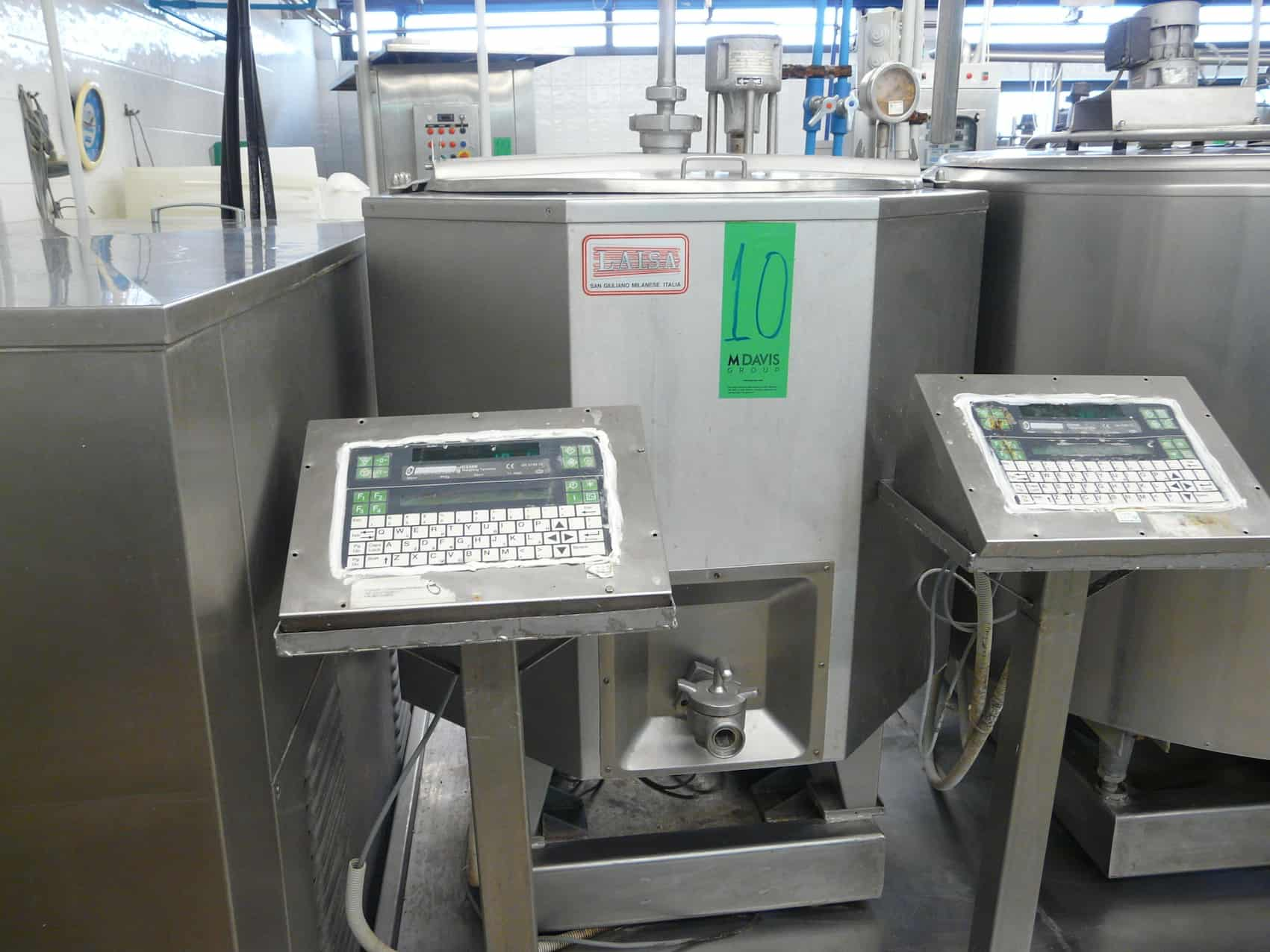 Mixing/Cooling Tank for Ice Cream 250L with Agitator, Type LAISA, Can be Connected to Chiller, Can be Connected to CIP System, Contains Scales with  Display Y.O.M.: 1985