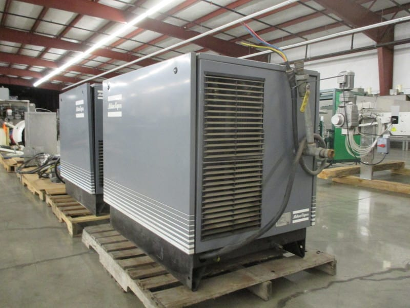 Atlas Copco Air Compressor, Air cooled, Max final pressure (e) bar 7.5, Free air delivery I/s 36.8, Motor power kW 15, Max speed r/min 1500, 20 HP, Model: GA 15, Serial Number: 769995