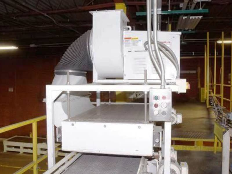Sentry Depalletizer Can Discharge Conveyor