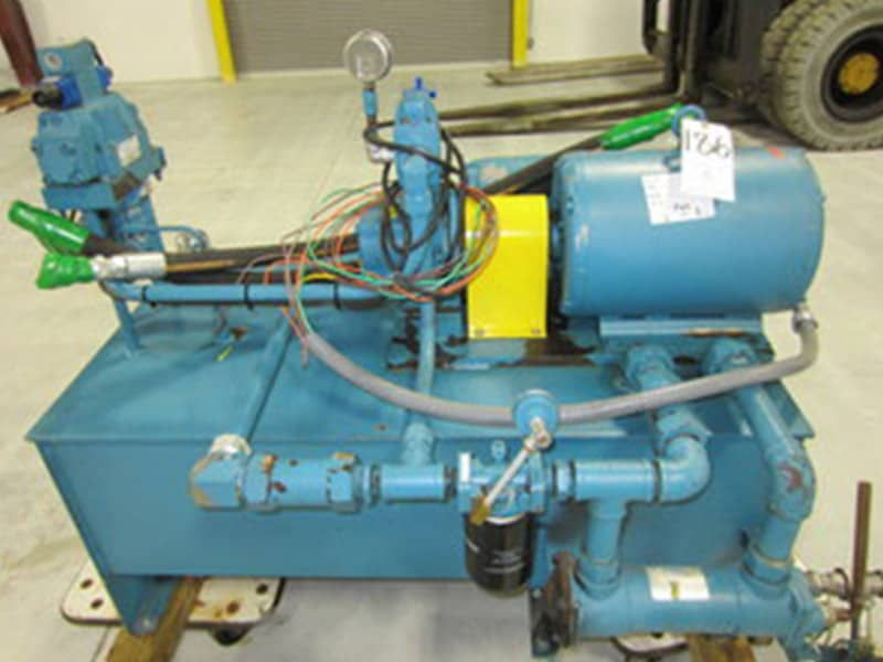Sperry Vickers 20 HP Hydraulic Pump w/ Oil Tank, Model: 20 HP Hydraulic Pump, Serial Number: 680870