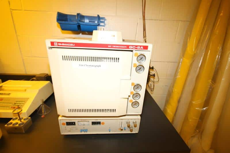 Lab - Schimadzu Gas Chromatograph