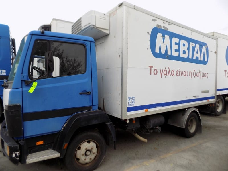 Mercedes Milk Delivery Truck with Tandem Axle, Thermo King V-500 Reefer Unit and (2) Hinged Back Doors,Clean Weight : 2970 kg (Unit #85)