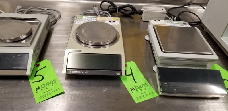 "Mettler Toledo 2100g Max. Capacity Digital Scale, Type PM2000, S/N N61938 with 6"" Platform"