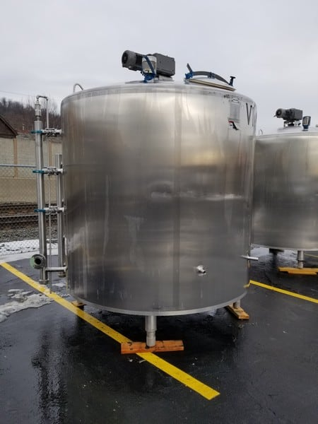 "2010 Walker 1,500 Gal. Dome-Top S/S Processor, Model PZ, S/N WEP-78860-2 with 316L S/S, Stainless Bottom, Bottom and Partial Side Sweep Agitator, Dual Sprayball, Nord 2 hp Agitator Motor, 1660 RPM, 230/460 V, 3 Phase, Jacket 75 psig MAWP @ 320 Degree (Overall Dimensions Aprox. 10 ft. H x 94"" W) (Tank Dimensions Aprox. 90"" W x 80"" H (#26992)"