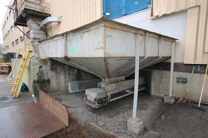 "~13 ft. L x 11 to 14 ft. W S/S Vegetable / Fruit Receiving Hopper with Safety Guard, with 14 ft. L x 16"" W Bottom Chain Driven Conveyor System with 12"" Dividers"