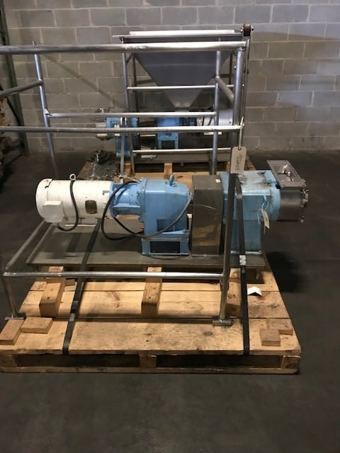 "(2) WCB Positive Displacement Pumps, Model 224-U1, Mounted on S/S Skids, U1 224, 316LSS, 4.0"" S-LINE (TCF), FLAT BODY, BODY RETAINING SCREWS, 2W WM88 STD CL ROTORS, PLAIN COVER, WING COVER NUTS, CS GEARCASE, WCB BLUE PAINT, 316SS SHAFTS, CS BEARING RETAINERS, STANDARD LUBE, SMLH DRIVE, SINGLE O-RING SEAL, SS SLEEVES, BUNA ELASTOMERS, 32RA FINISH, STANDARD TEST, GMOTOR 10 HP 122 RPM 14.38 RATIO SK42 215TC CEWDM3714T TENV 230/460V 10:1 CT WASHDOWN DUTY (Located in Newark, NJ)***BFEM***"