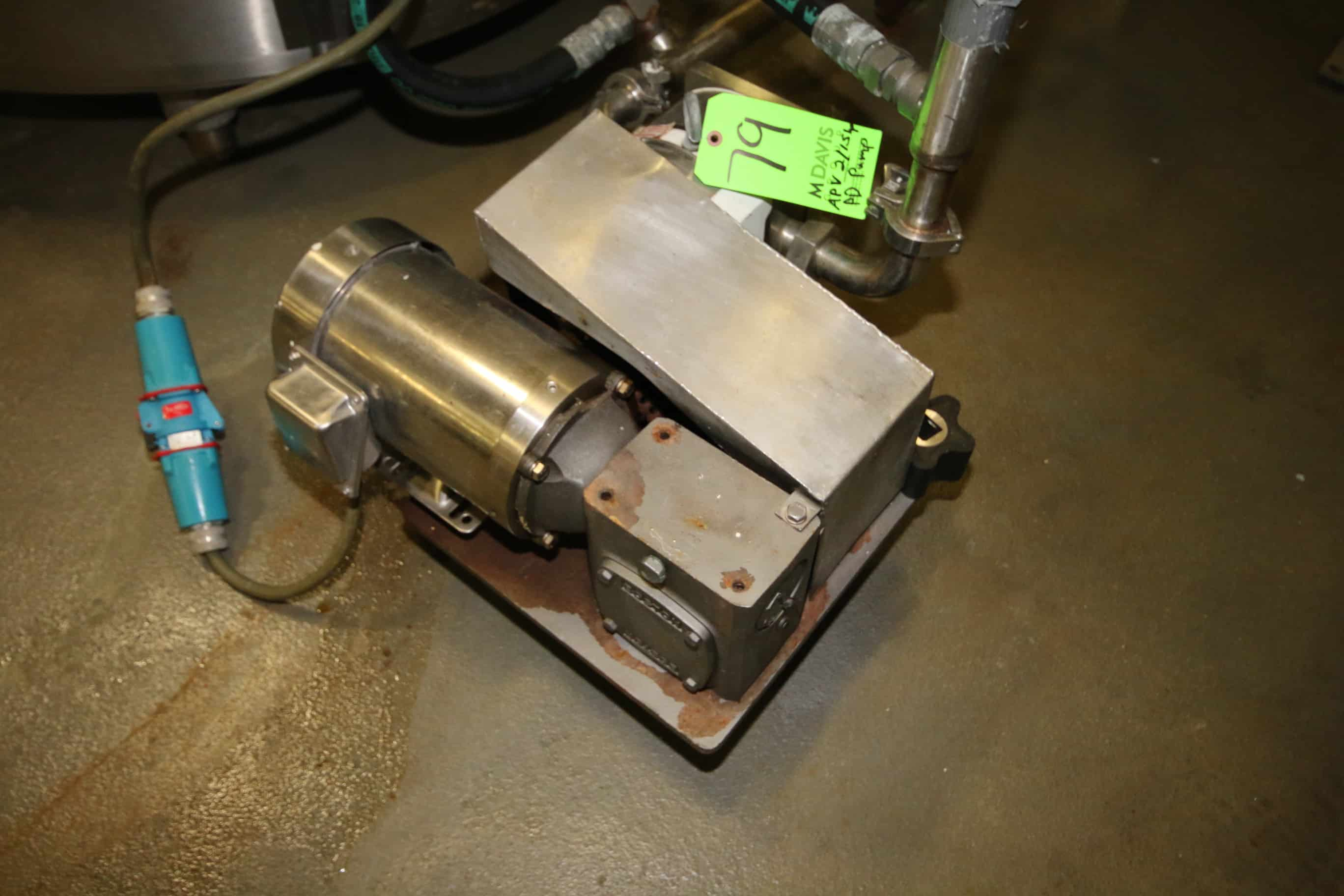 "APV 2 hp/1.5 hp Positive Displacement Pump, Size R3, S/N 1000002789260 with 1-1/2"" Threaded S/S Head and FHP S/S Clad Motor, 1740 RPM/1440 RPM, 208-230/190 V"