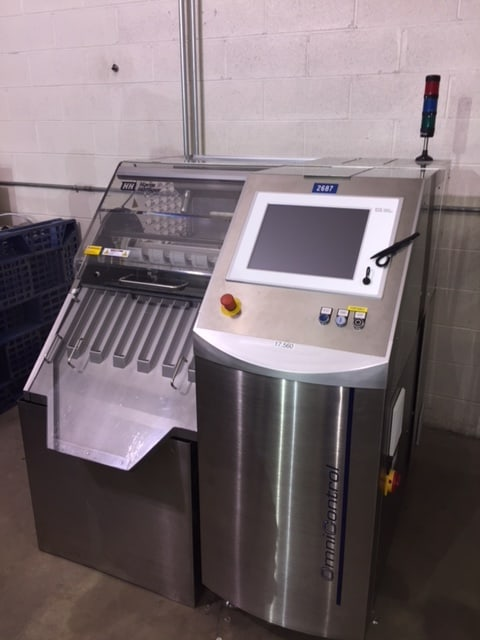 2011 Harro Hogliger 12 lane format free Capsule and Tablet Weighing System, Model Omnicontrol 12. This Unit does not require any change parts and can handle speeds up to 65,0000 capsules/Tablets an hour with a weighing accuracy of +/- 1mg. comes with a reject station for faulty capsules or tablets. can perform an empty capsule check and comes with a gliding window of measurement. Electrics: 3 Phase 480V 60Hz. rated power 1.2KW. (Located in NY)(***GPIEC***)