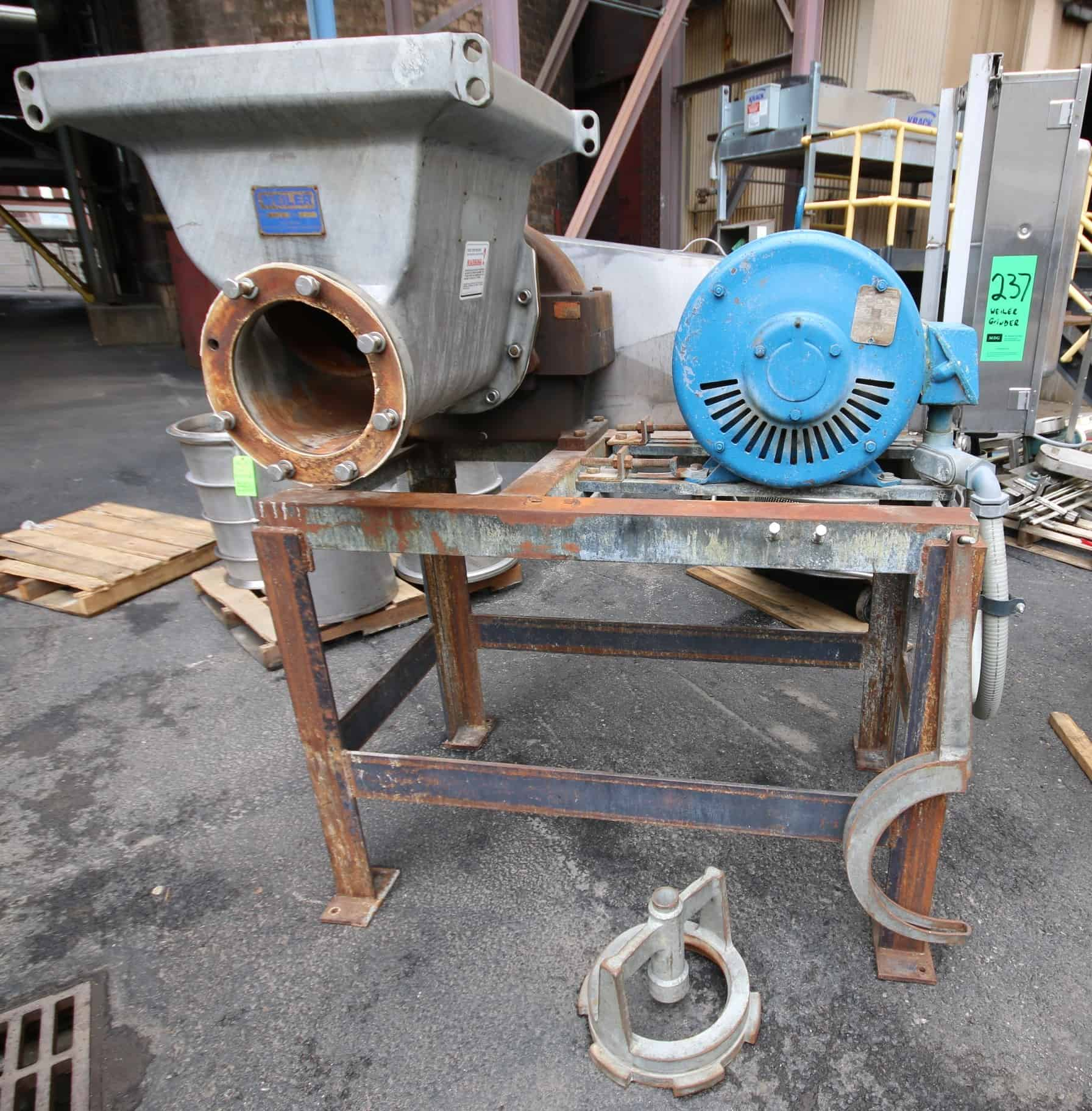 "Weiler Grinder, Model 1109, SN 76276RE, with 20"" W x 21"" L x 22"" D Opening, Weiler Drive Model 13985HAB, Lincoln 75 hp / 1755 RPM Motor, 208/220/240V 3 Phase with Square D 200 Amp S/S Safety Switch, Mounted on Steel Frame, Includes On-Board Wrench"