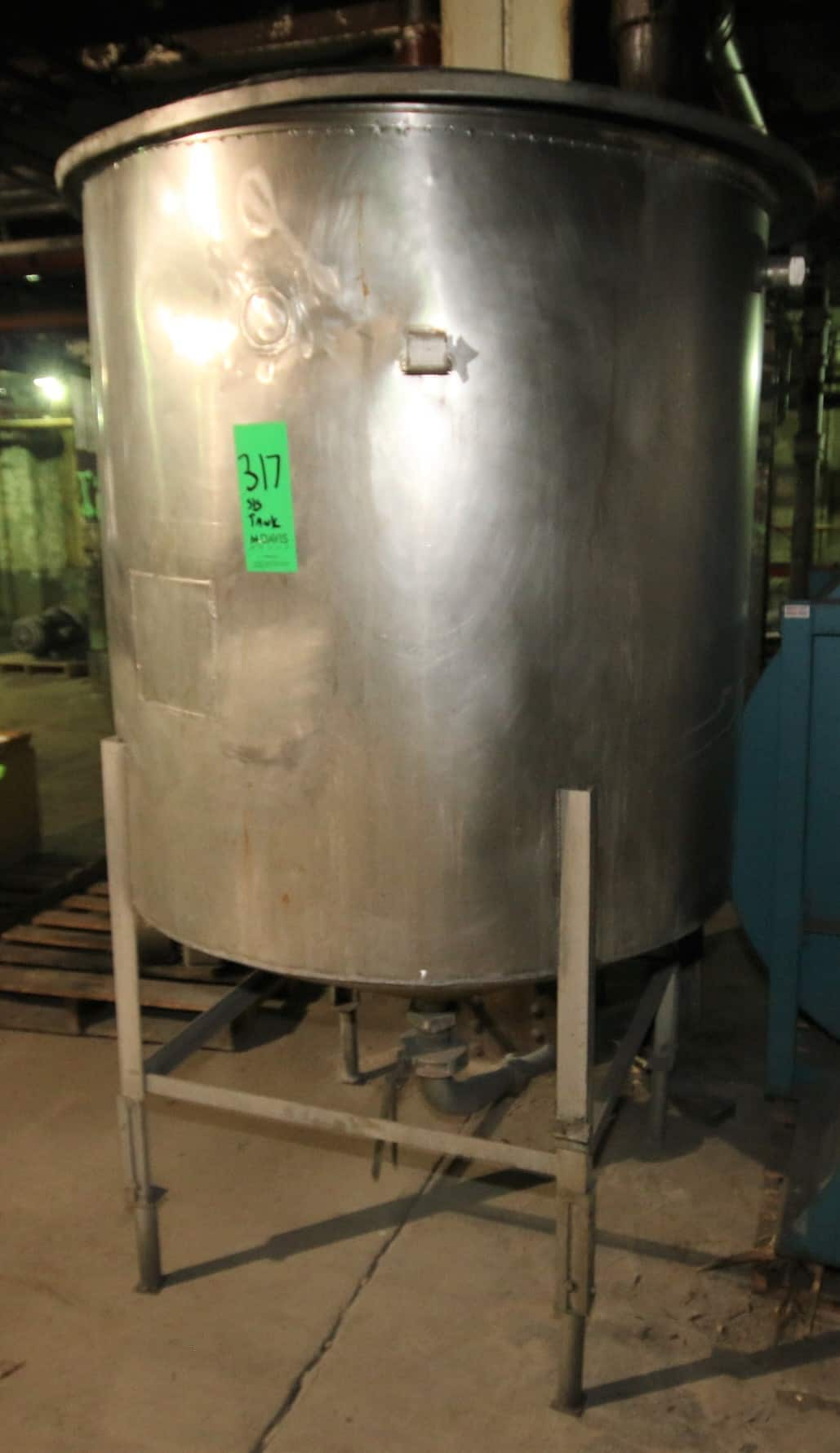 "400 Gal Cone Bottom S/S Tank with Lid, (82"" H x 48"" W)"