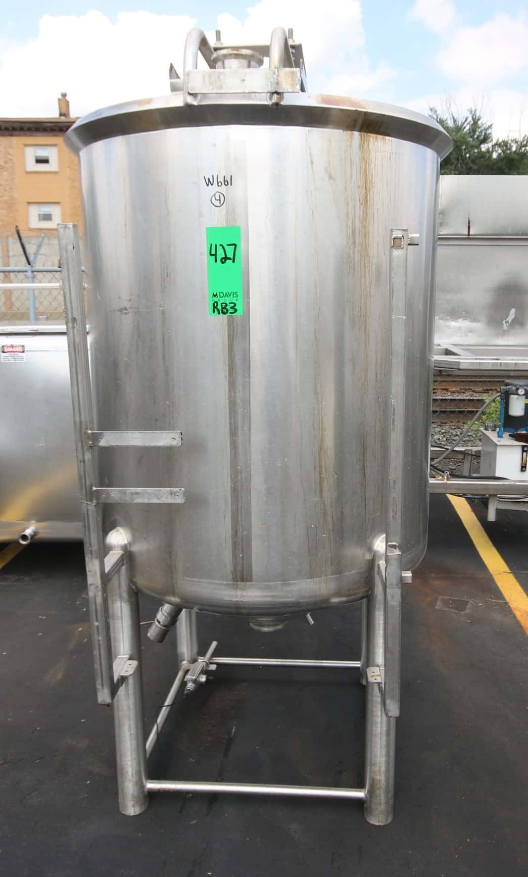 "Cherry Burrel 250 Gal. Vertical Single Wall S/S Tank, with Cone Bottom with 4"" Discharge Clamp Fitting, Open Top, Level Sensor, Includes Bridge Platform for Agitator, Mounted on S/S Legs, (Note: Agitator Not Included), Overall Diam. 8 ft H x 45"" W)"