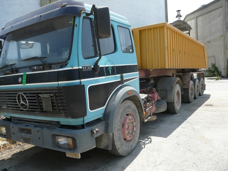 MERCEDES 1735, upheld-overthrow, Aluminium gravel with lifting for uploading , REG ΝΒΟ 3292, KM 840539, Service Book Available , Year: 1994 (Located in Greece - Plati Imathias) Greek Description: MERCEDES 1735,τρακτορας με ανατρεπόμενη καρότσα αλουμινίου, , Αριθ. Κυκλοφορίας : ΝΒΟ 3292 Χιλιόμετρα : 840539 ,με βιβλίο Service, Έτος: 1994 (Lot #22)