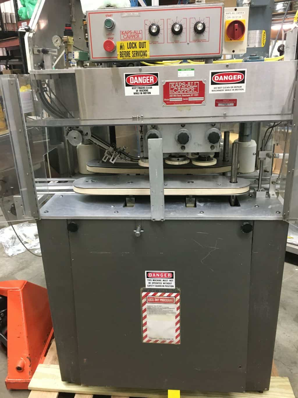Kaps All A Capper with Elevator and conveyor Serial # 2267, (less belt and conveyor motor)  As shown in photos. (Located in New York)***NYINC***
