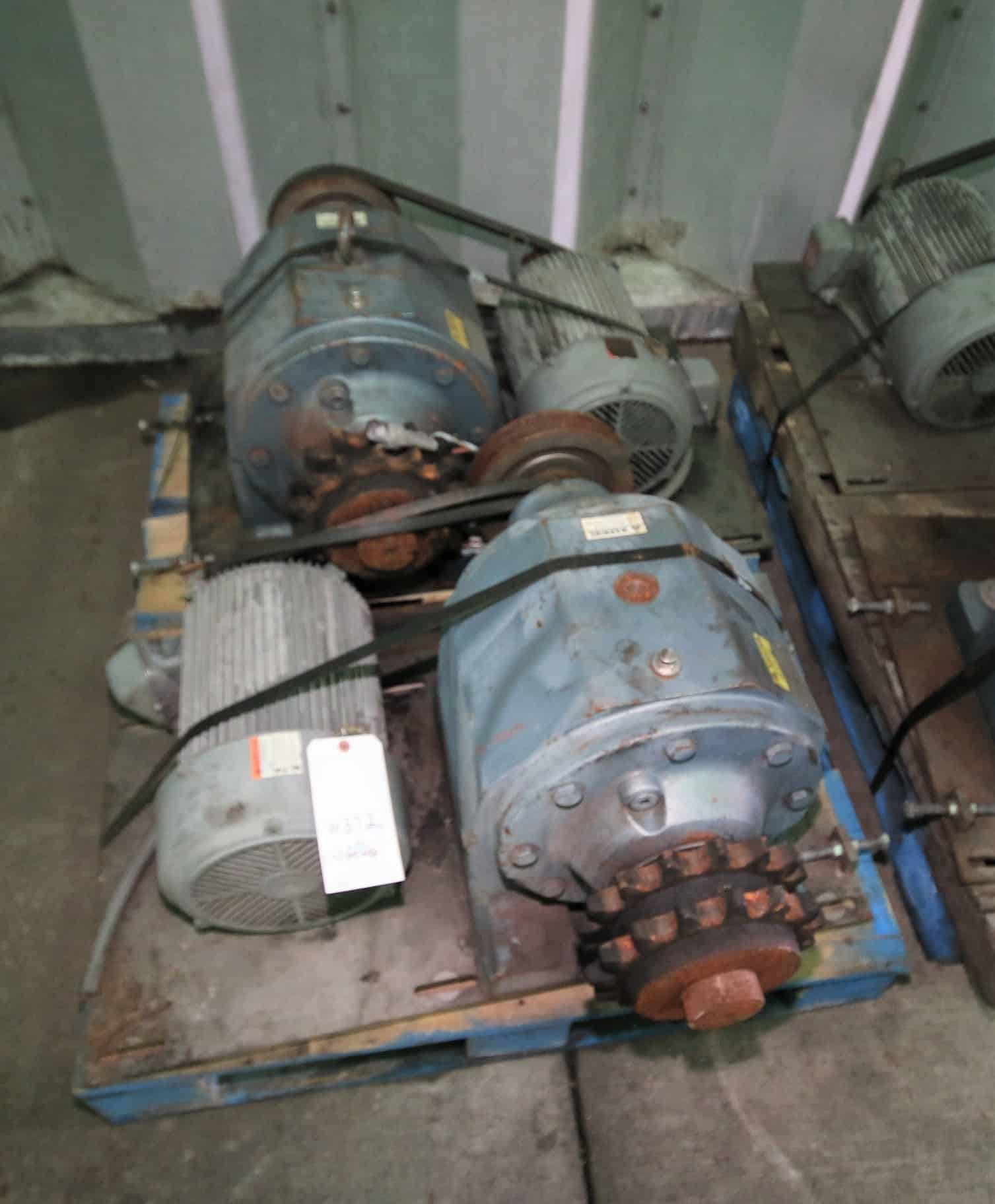 (2) Case Drives,10 hp @ 1755 RPM with SEW Drives 52.11, 208/230/460 V 3 Phase(Stock 372)(Located in Pittsburgh)***NUTRI***