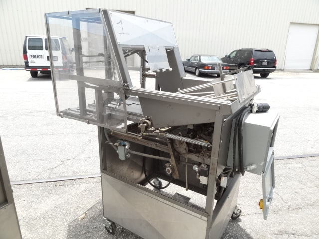 AE Randles Tray Former, Model # 16-26, S/N VF-3399, single forming head for self-locking style trays (Located in South Carolina)***NORTH***