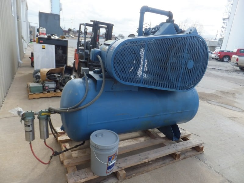 Quincy 25 Hp Reciprocating Air Compressor, Model 5120, S/N 160353 L, Size 6 & 3-1/4 x 4, Lincoln 1750 RPM Motor, 230/460 V, 3 Phase, Good Running Unit (Located in Missouri)***GCP***