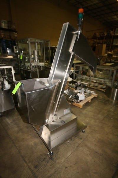 "Tonazzi Vasquali S/S Bottle Prefeeder, M/N ECS, S/N T3060012, 4"" W Conveyor Chain, with Flights, Aprox. 22"" L x 18-1/2"" W x 25"" Dia. (LOCATED IN GRAND PRAIRIE, TX)"