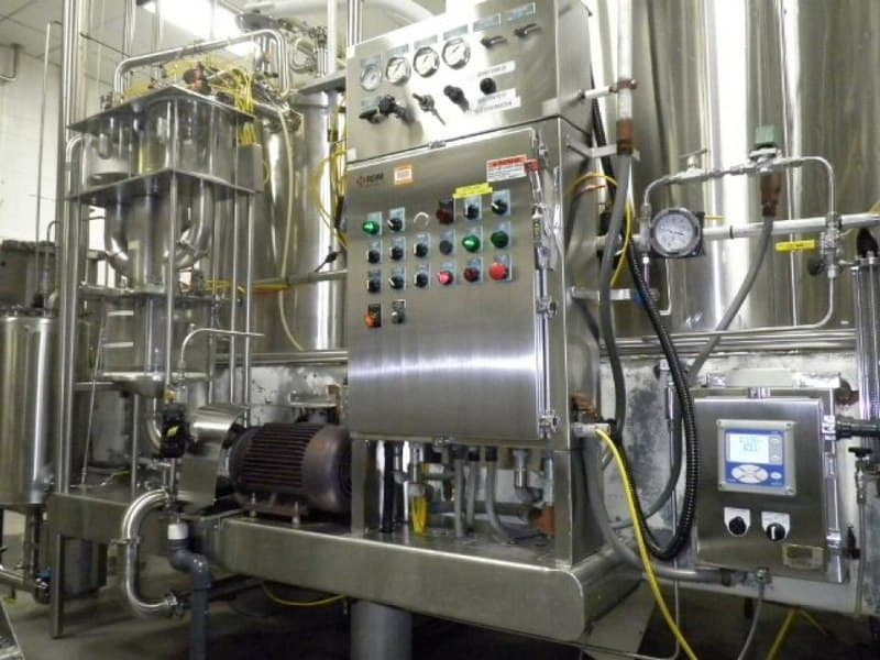 RDM Blending System, Includes Mojonnier Carbo Cooler Tanks, Gravity ammonia system. U/V light mounted on base