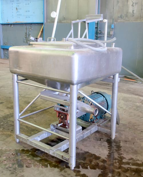 APV Crepaco Liquiverter, approximately 25 gallon, Serial # E-4879. Mounted on (4) stainless steel legs, driven by an approximate 25 HP motor. (Located in Chicago, IL)