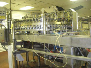 Meyer 78 Valve Can Filler, Last Ran 202/211 Cans, Dims: 10ft L x 8ft W x 7ft H, Speed 1300 CPM, Electricity: 460v 60Hz 3ph