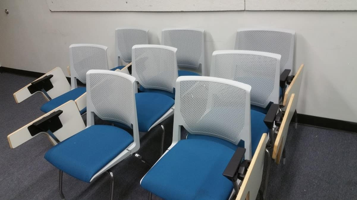 TabletChairs