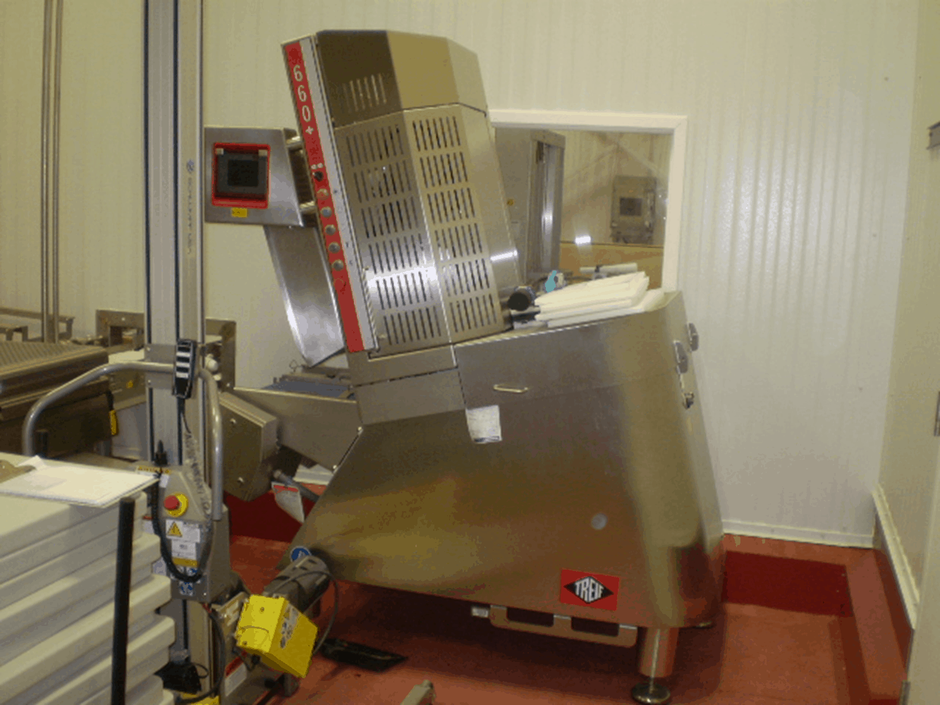 2014 Treif Model 660+ Divider / Meat Slicer, Capable of Up to 3 Rows of Slicing, Touch Screen with Intuitive Menus. Previously Operated on Pepperoni.