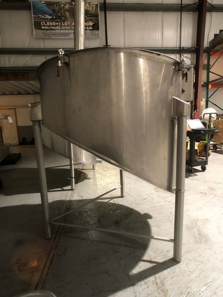 "Cherry Burrell S/S Balance Tank, Approx. 48"" Dia x 42"" Deep, S/S Lid, 5"" Dia Outlet (Rigging & Handling Fee $100.00) (M Davis Group Auction Showroom in Pittsburgh, PA)"