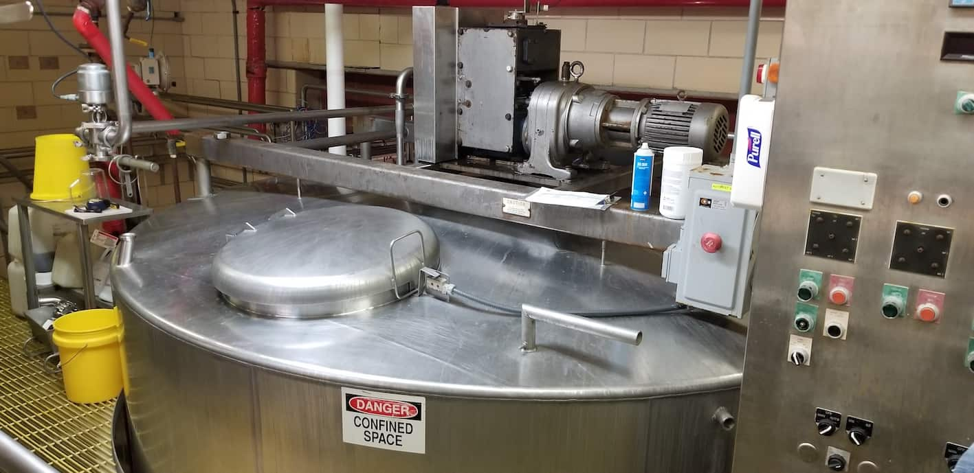 Damrow 40,000 lb. Double O S/S Cheese Vat, Jacketed, with 5hp 1725 rpm 208/230-460V 3 Phase Drive Motor, with Safety Door and Hinged Lid, Includes Starter Panel, Related S/S Air Valves, (Approx. Overall Dimensions 12'W x 13'H), Auto Vat # 1