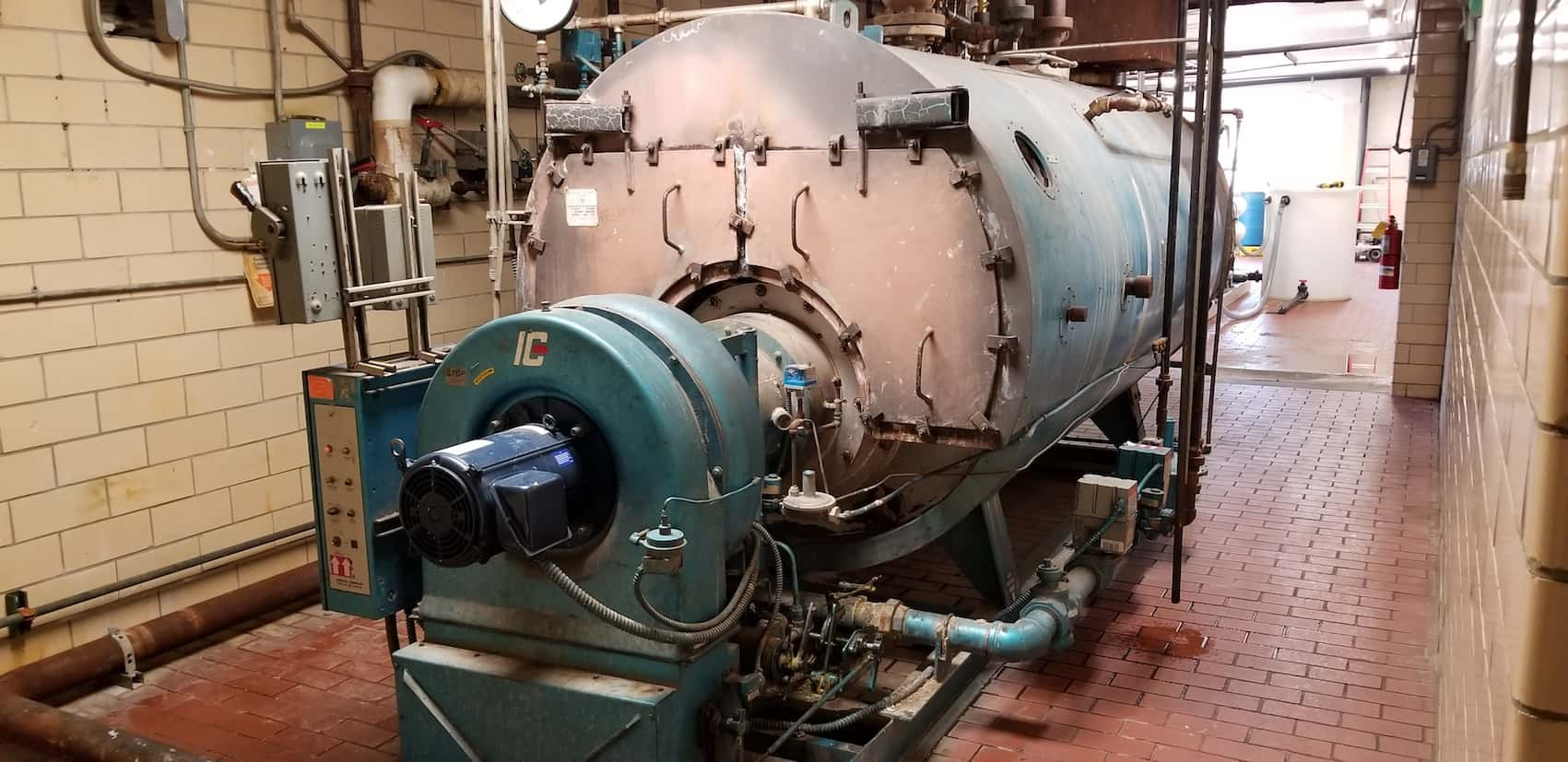 "Highlander 350p Horizontal Boiler, Model 350WB10S, S/N 1551, 150 psi, 8,400,000 BTU, with Industrial Combustion Burner, Natural Gas Fired, with Related Valves and Controls (Approx. Overall Dimensions 18'L x 6' 6"" W x 7'H)"