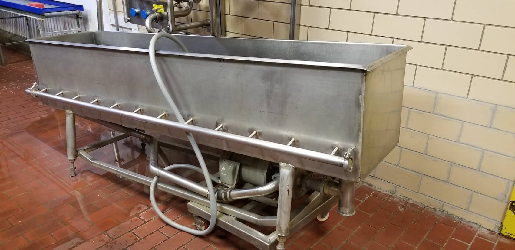 "8'L x 20""W x 19""D Jet Spray S/S Wash Trough, with Fristam 5hp Centrifugal Pump, Mounted on Casters"