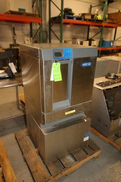"Labconco S/S Flask Scrubber Machine, with Glass Flasks, S/S Wire Shelves, with Digital Read Out, Overall Dims.:  Aprox. 27-1/2"" L x 24"" W x 51"" H ***Located in MDG Auction Showroom--Pittsburgh, PA***"