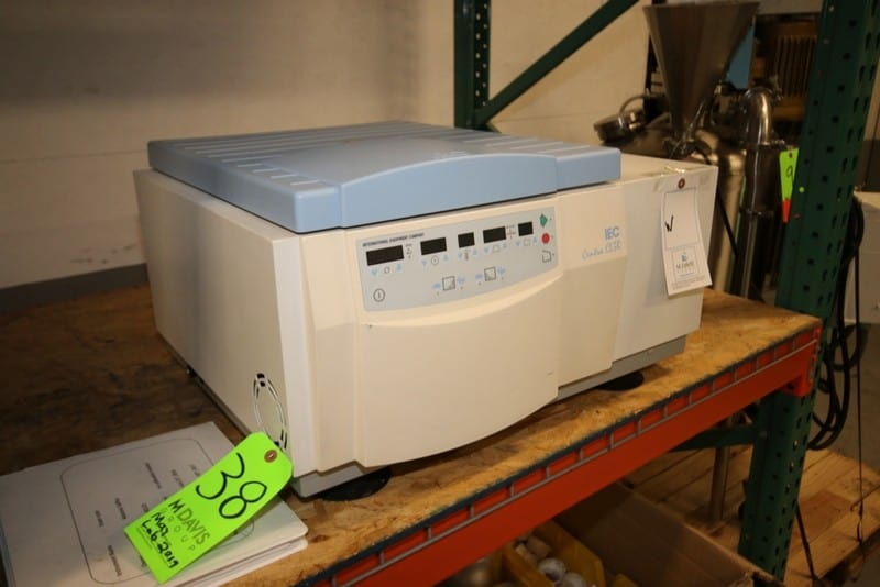 IEC Centra CL3R Benchtop Centrifuge, S/N 37550754, 120 Volts, HP-80 Refrigerant
