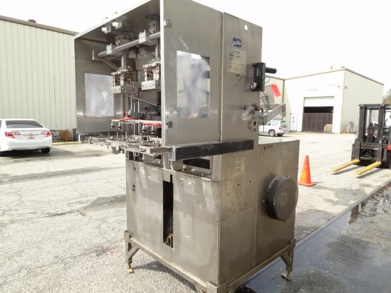 Bradman Lake XS2-60 Dual-Mandrel Tray Former for self-locking trays; 230v-3ph-60Hz; S/N 15093; Optional bottom skid for $350 - Loading $0  (Located in Charleston, SC)