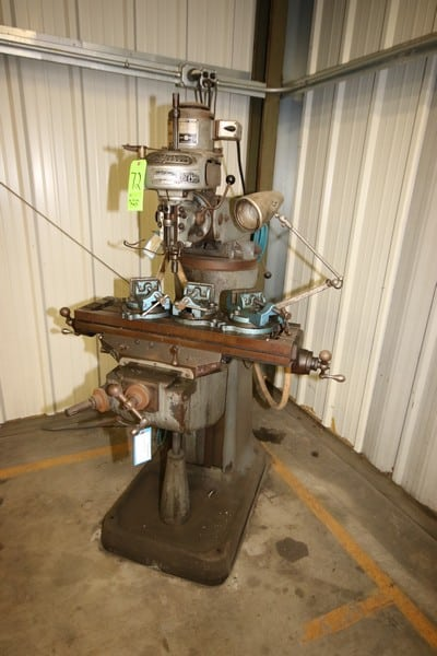 Bridgeport Vertical Milling Machine, S/N M22129, Adjustable Table, with (3) Table Mounted Vises