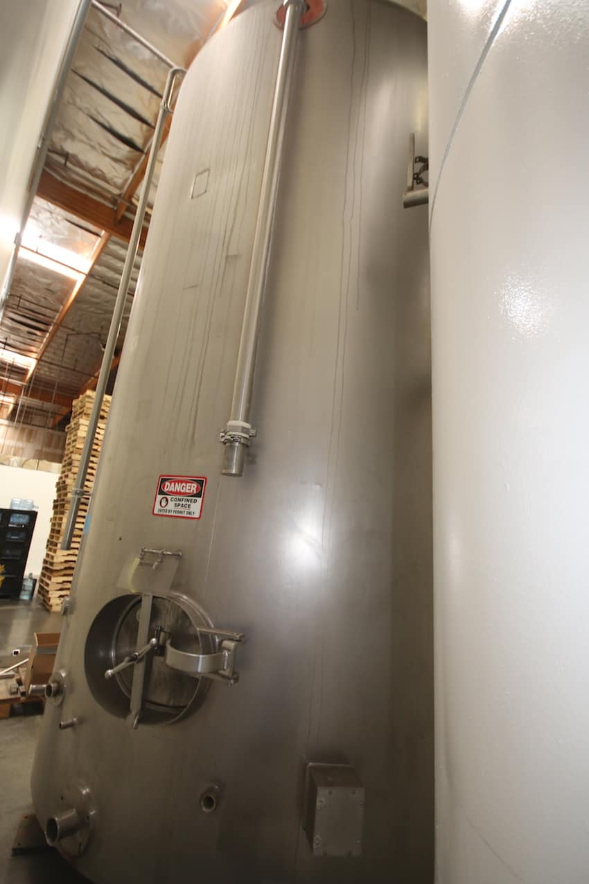 "Aprox. 6,000 Gal S/S Jacketed Silo, with S/S Exterior & Bottom Side Door, (106"" W x 171"" H )"