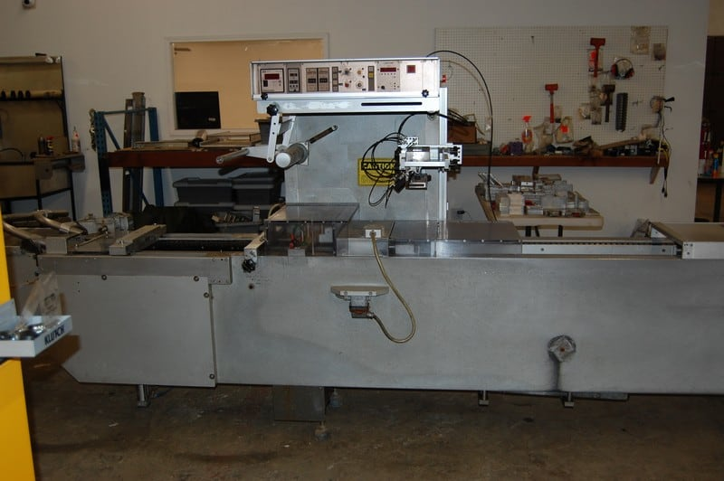 Multivac M855-EPC Rollstock Thermoforming Machine, SN 1187/100, with Bell Mark Code Dater, (2) Pallets of Tooling, Extra Blades and Film. 220V, 3 Phase, Manufactured in 1989. (***NEP, LOCATED IN MISSOURI***)