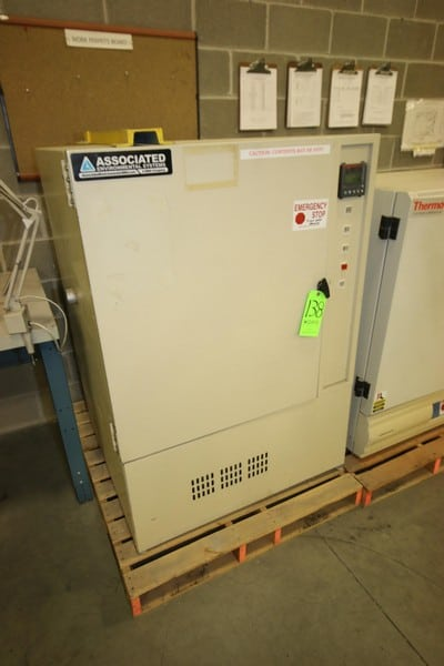 """Associated Environmental System Mechanical Lab Oven, M/N LH-10, S/N 7246, Internal Dims.:  Aprox. 23"""" L x 24"""" W, with Shelf"""