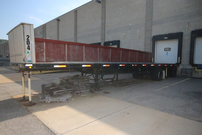 Transcraft Flatbed Trailer, M/N TL2000 W2 45 x 96, VIN #:  1TT-F4520-2-R1041931, GVWR 80,000 lbs., with 11R 24.5 G Tires, Aprox. 44' L Bed with Side Wall