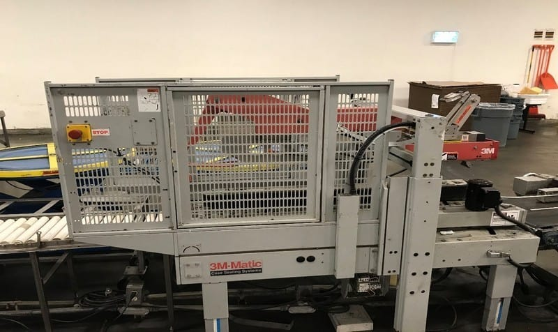 3M Top & Bottom Case Sealer, with Top & Bottom Taper, with Straight Section of Roller Conveyor (LOCATED AT ATWATER, CA)