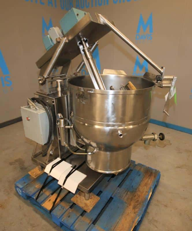Groen 40 Gal. Jacketed S/S Tilt Kettle, Model DEE / 4 - 40, SN 34926 - 1, Max WP 50 psi @ 300 degrees F, with Scrape Surface Agitator with 1 & .50 hp Drive, 1725 & 865 rpm, 480V 3 Phase(Located at the MDG Showroom in Pittsburgh, PA)