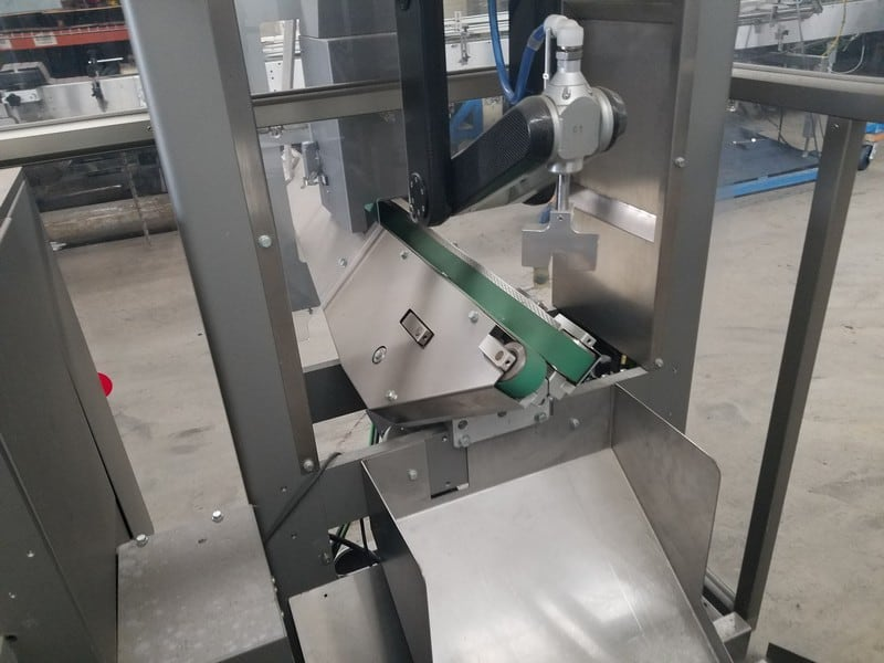 S/S Bottle Inspection Station, with Rear Infeed Conveyor, with Robotic Inspection Arm (LOCATED IN FT. WORTH, TX)